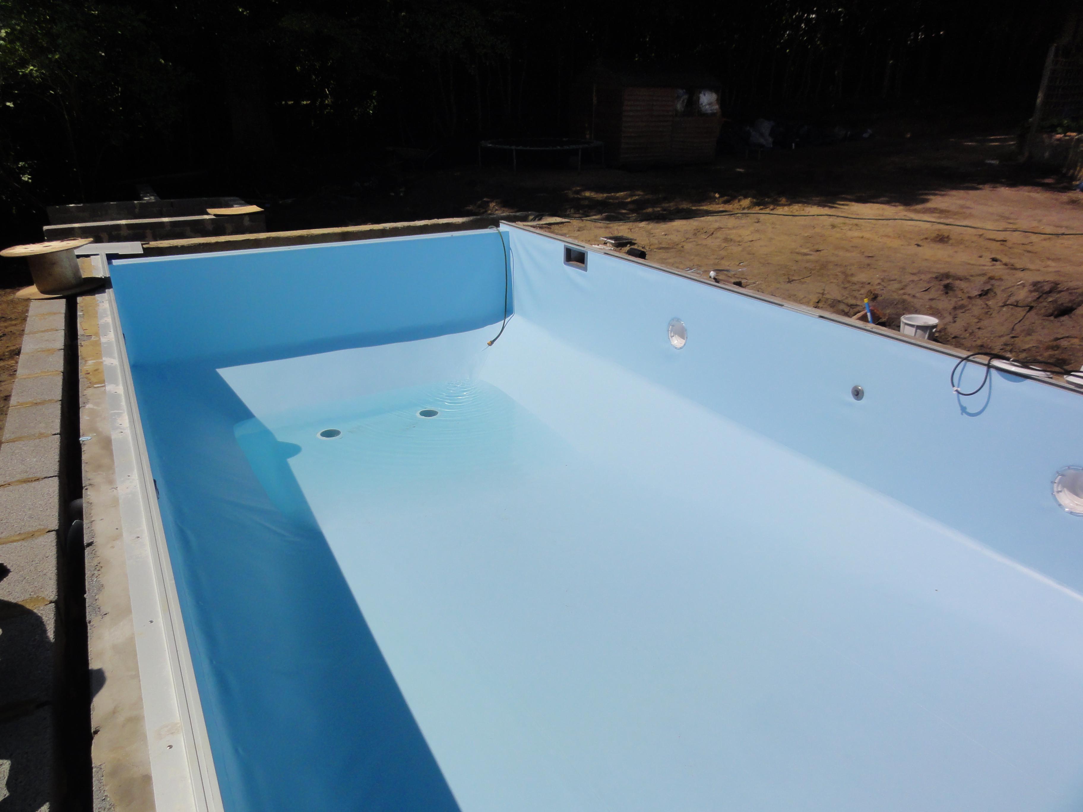 pool liner installation ascot pools swimming pool construction berkshire surrey. Black Bedroom Furniture Sets. Home Design Ideas