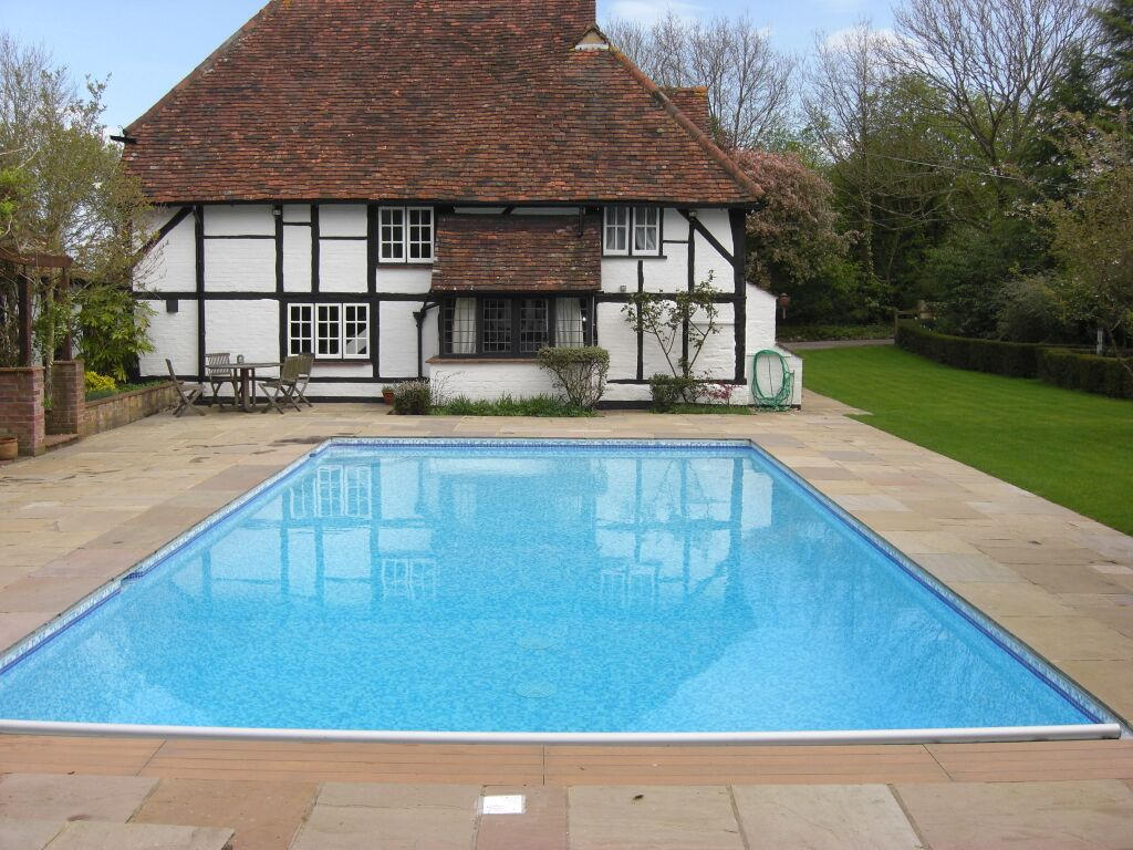 Repair And Renovation Of Old Concrete Pool Chobham Surrey Ascot Pools Swimming Pool