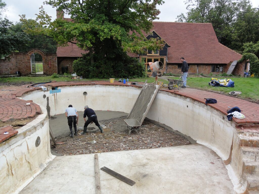 Depth Reduction Renovation And Safety Cover Fitted Chobham Surrey Ascot Pools Swimming