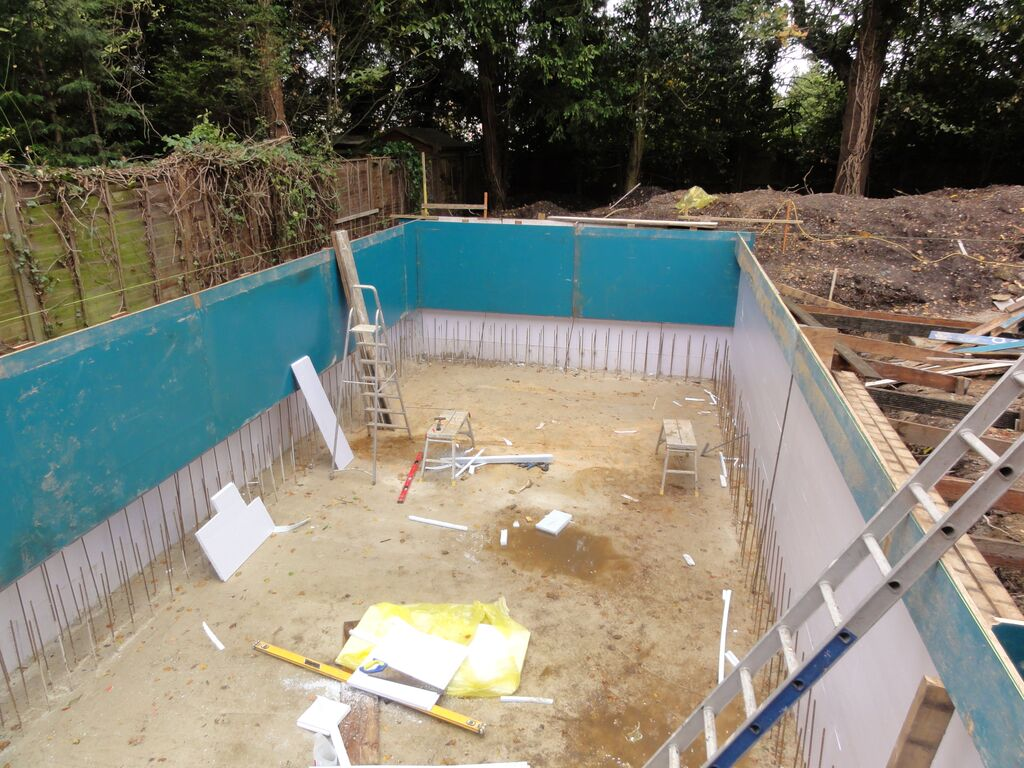 New indoor tiled pool windsor berkshire ascot pools swimming pool construction berkshire for Indoor swimming pool construction