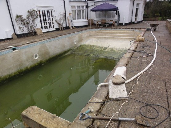 Ascot Cottage draining pool